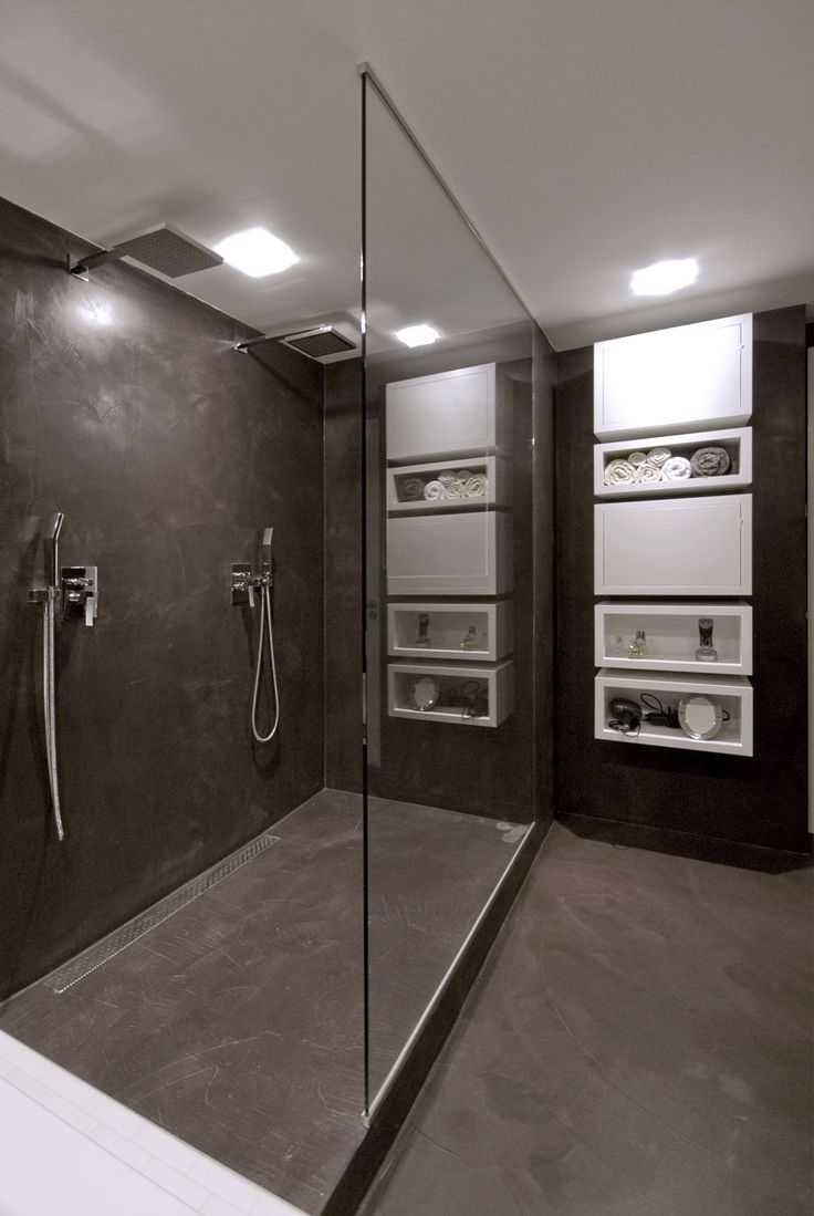 25 best walkin showers images on pinterest bathroom ideas oooox prosecka vyhlidka black white bathroom with walk in double shower