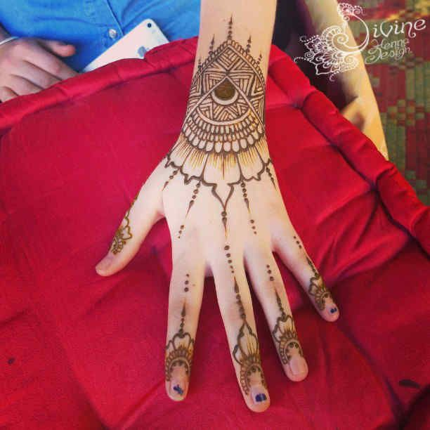 Hands & Arms @ Divine Henna – Traditional Visual and Body Art