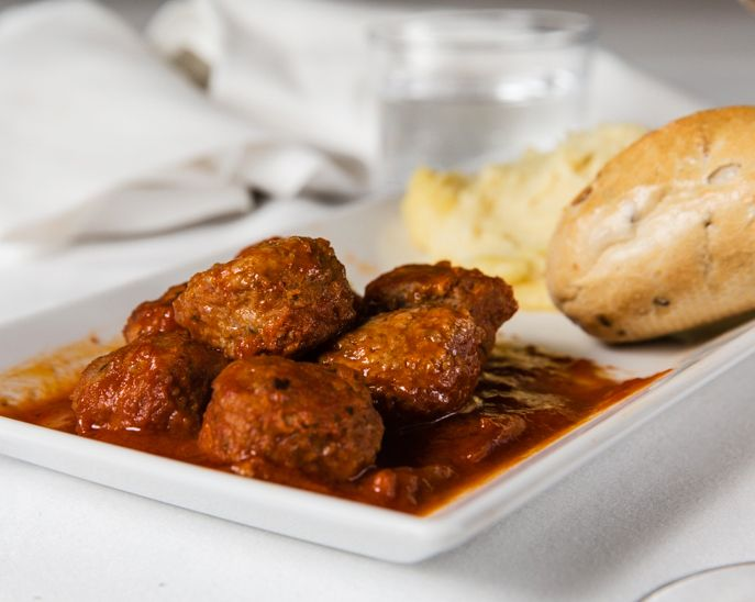 Mondeghili meatballs are a typical dish from #Milan tradition. You can find them, among other specialities, at Rest@Duomo, the #milancathedral Food Corner #duomodimilano