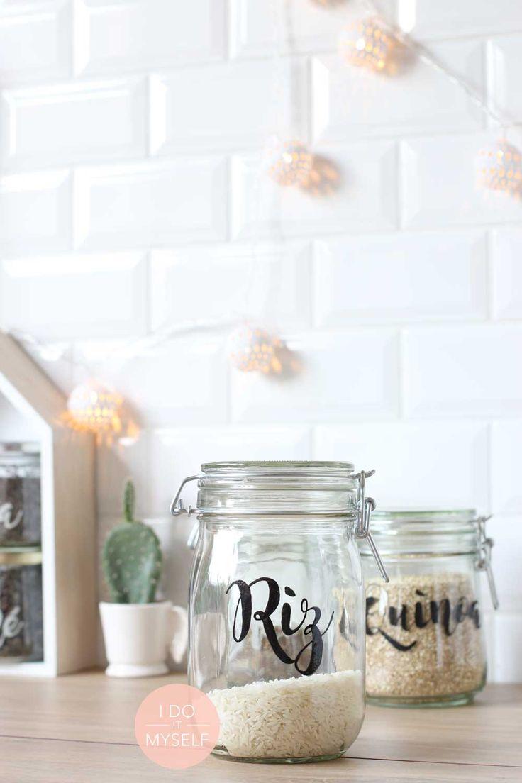 Jar storage