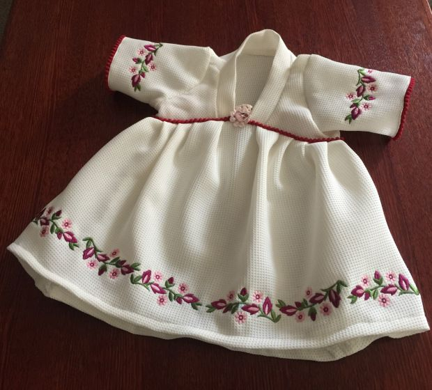 Craftsy Girls Dress with Embroidery tutorial