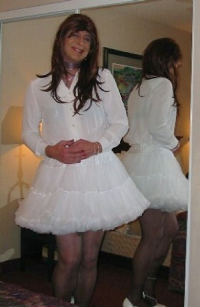 I LOVE wearing petticoats! Does that make me a Sissy ...