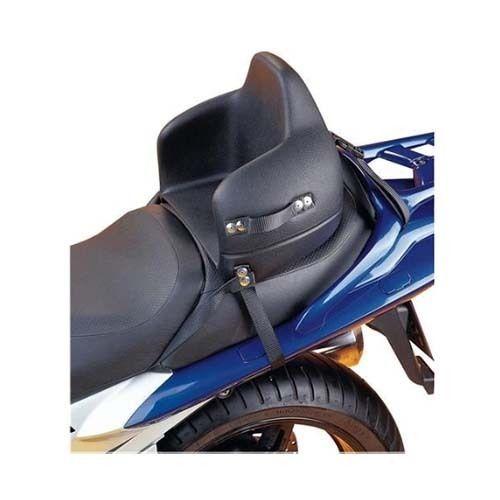Asiento infantil Universal. Para motocicletas, scooters, quads y ATVs. TÜV-probado. Muy rápido y fácil de instalar. Antirrobo de bloqueo de asiento. 2 tamaños disponibles: con una circunferencia de asiento de hasta 95 cm, y de 95 cm o mayor. Está permitido su uso a partir de 7 años de edad, con casco protector  y pies apoyados en reposapiés laterales.