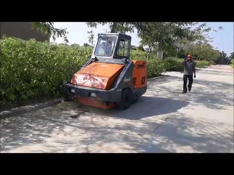 Road Cleaning Machine INDIA Cleanland best quality of
