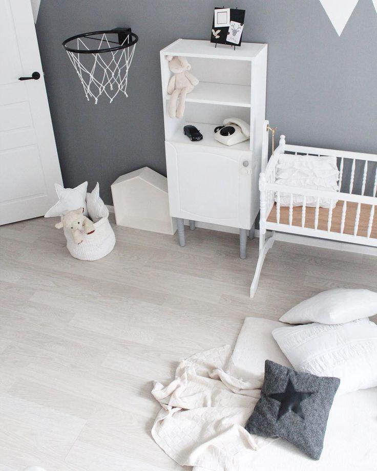 Детская комната в сером цвете. Горы на стене.  #babyroom#decor#inspiration#details#design#interiordesign#childrenroom