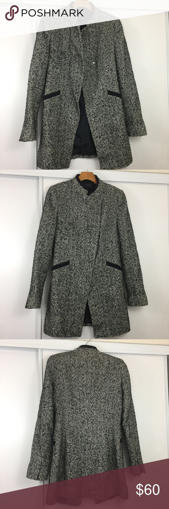 "Zara Winter Coat ❣️ Excellent condition. Size medium. Pit to pit 17.5"". Length 30.5"". No trades ❌❌ No modeling Zara Jackets & Coats"