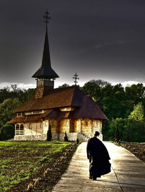 Manastirea Malu Spart, calugari-Giurgiu - poze Manastiri din Romania - liza24_84