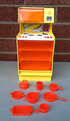 Vtg 1978 Barbie Dream House Furniture STOVE MICROWAVE OVEN + Accessories Yellow