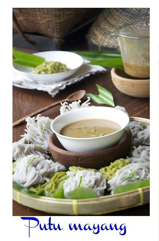 Indonesian Medan Food: Putu Mayang