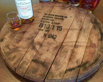 Bourbon Barrel cabeza Lazy Susan tapa de barril, servicio a la bandeja, los fabricantes de marca, Jim Beam, Borbón, regalo para él, padrino del marido de Papá