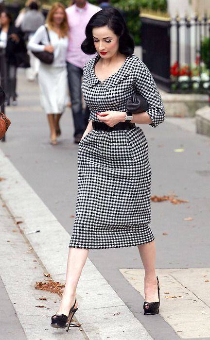 Dita Von Teese looking perfectly office-appropriate! <3 Houndstooth  thumbs up !
