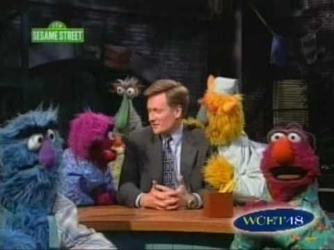 50 Hilarious Times Celebs Appeared on Sesame Street | Best ...