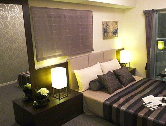 B211贅沢な心地良さ落ち着いた色合いのゴージャスな寝室。照明が印象的に空間を彩ります。