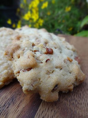 Scrumpdillyicious: Mom's Oatmeal Shortbread Cookies