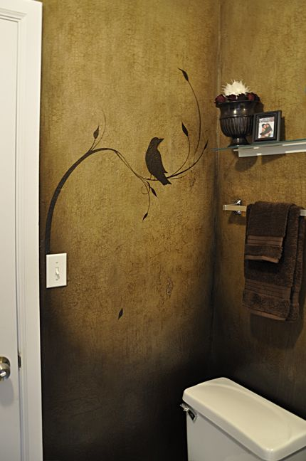 I ♥ this blackbird stencil - it makes a charming feature of this plain bathroom wall! #ArcadeBathrooms #MyTimelessBathroom