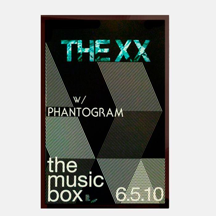 Cartel The xx - Enmarcado en vidrio con marco de madera negro  http://followtheforest.com/ilustraciones/102-the-xx-june-5-2010-show-poster-.html