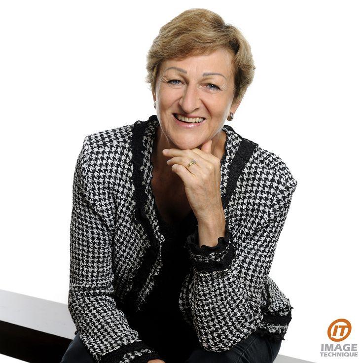 #corporate #headshots #portraits #photos #photography #Sydney #studio #female #senior #personality #smiling