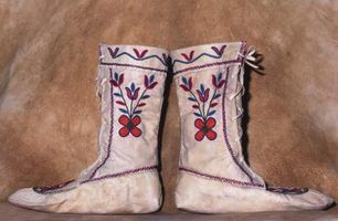 How to Make Moccasins for Kids