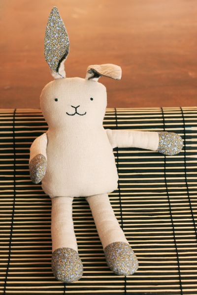 Sweet - baby bunny softie free pattern links