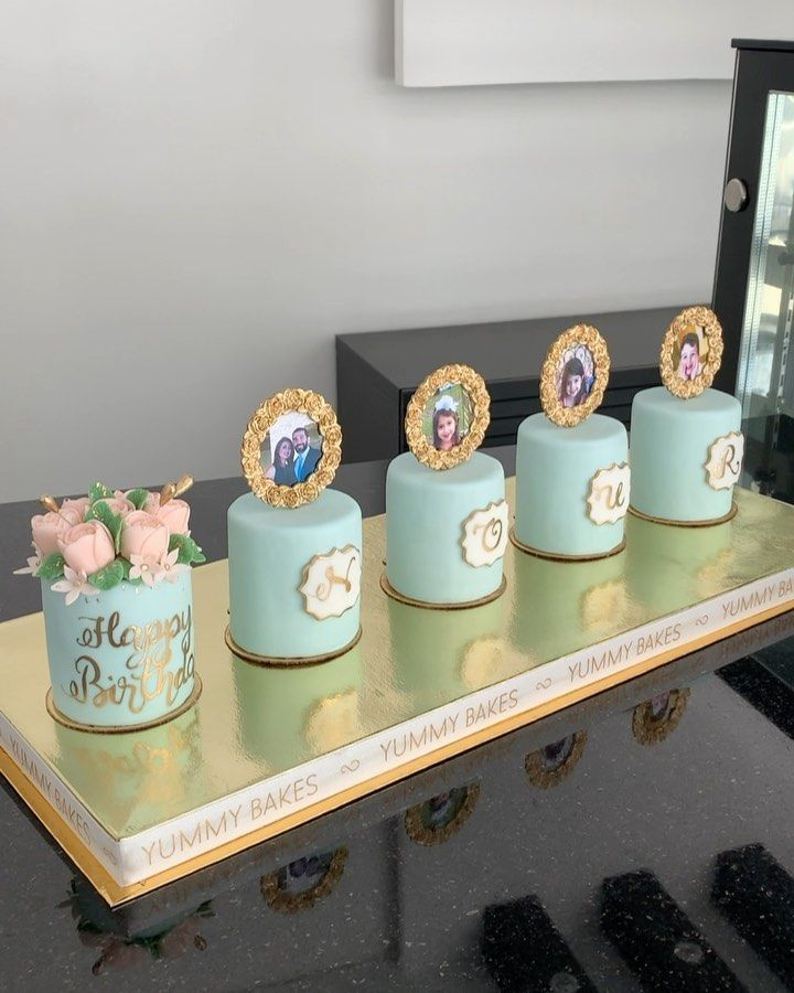 Mini Cakes Gift Mini Cakes Floral Mini Cakeكيك هديه ابوظبي الامارات كيكه هديه دبي توصيل كيك دبي افكار هديه عيد ميلاد افكار ه Tableware Yummy Baking