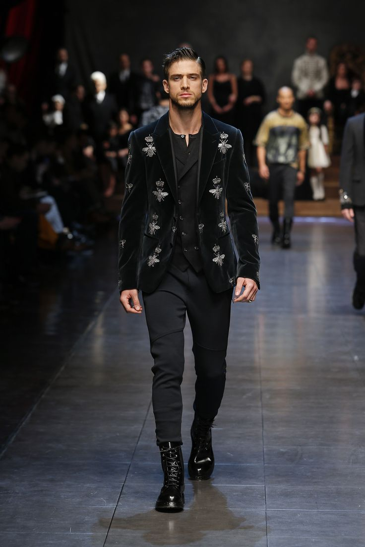 dolce-and-gabbana-winter-2016-man-fashion-show-runway-44