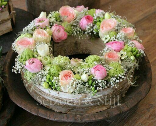 Krans met roosjes