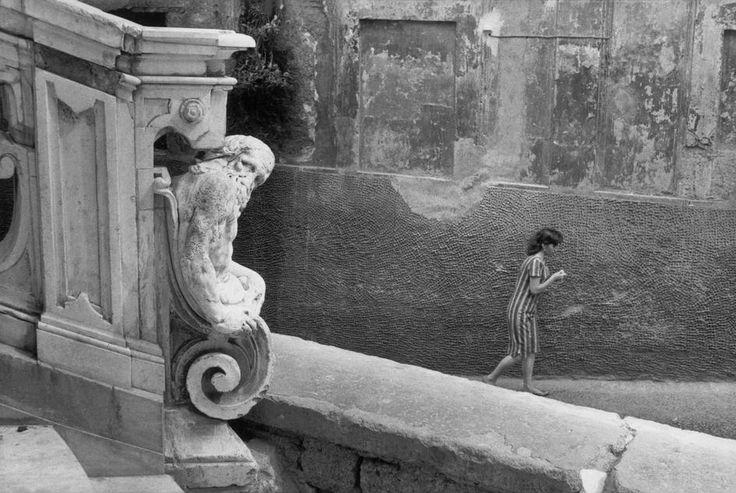 Henri Cartier-Bresson, Naples, Italie, 1960. © Henri Cartier-Bresson/Magnum Photos.