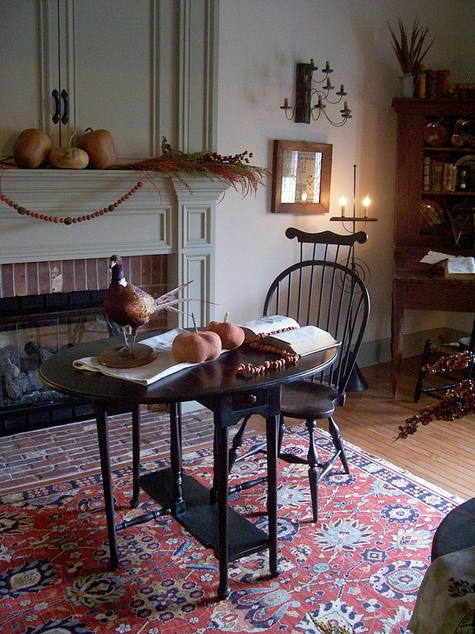 155 best colonial primitive interiors images on pinterest Home decor e colonial
