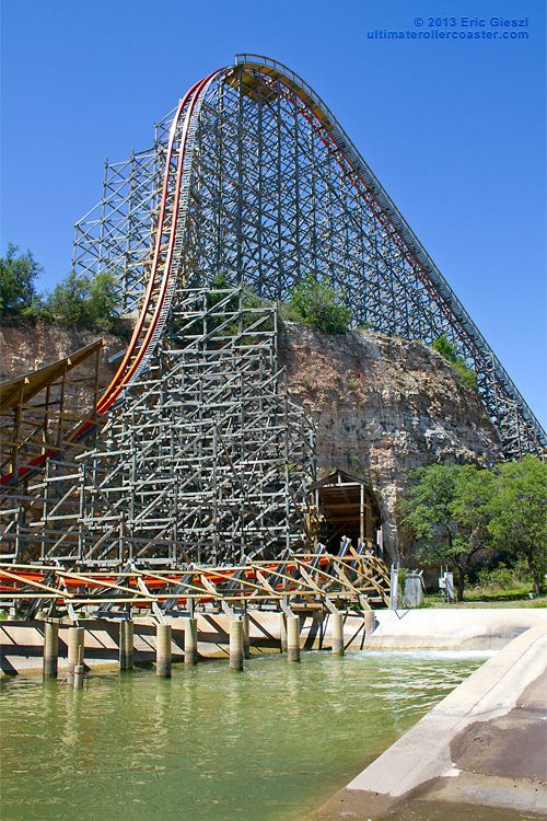 Tunnel & First Drop;  Iron Rattler, Six Flags Fiesta, Texas