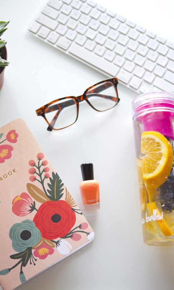 Taking a break to stay hydrated with my FabFitFun fruit infuser water bottle that I discovered in my FabFitFun box.