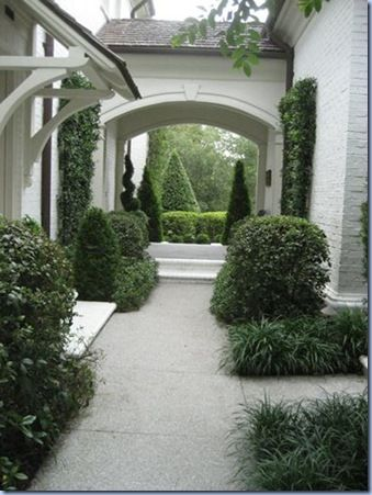 from landscape architect Pam Kersting. Ties together many different construction materials into elegant formality