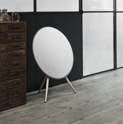 B&O // Beoplay A9 // Højtalere // Hvide med egetræsben