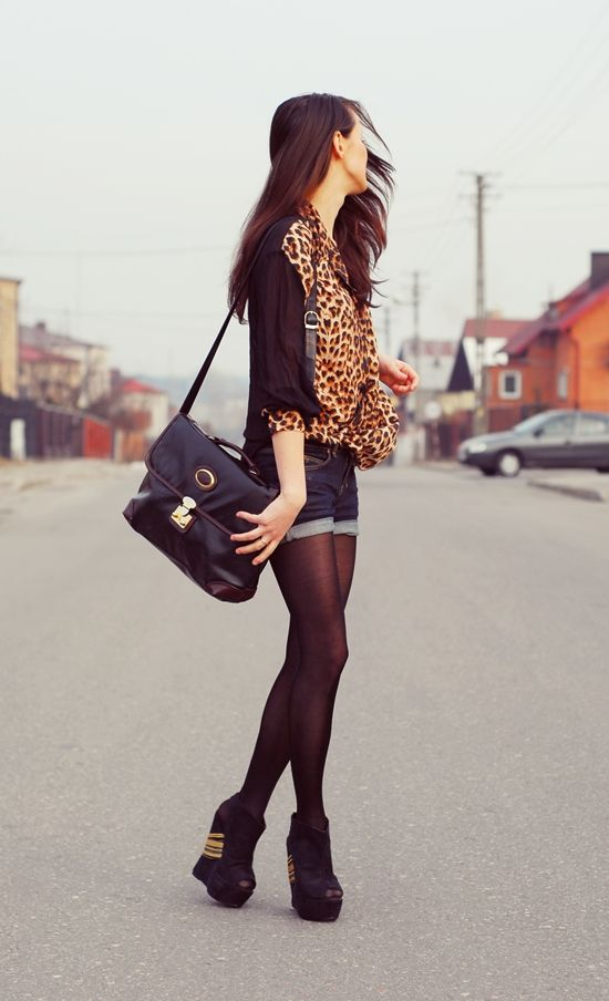 divine: Tights And Heels, Fashion, Shorts Tights, Cute Outfits, Cheetahs Prints Shirts, Leopards Scarfs, Leopards Prints, Jeans Shorts, Leopards Shoes Wedges