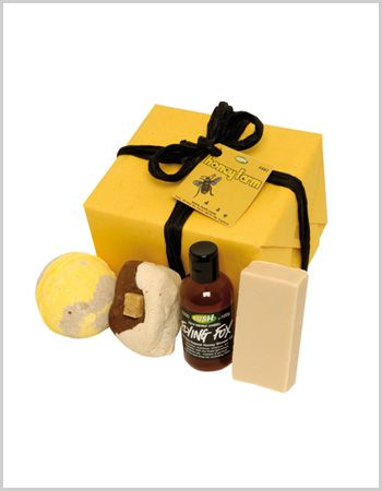 The perfect gift set for someone that's young at heart. Allow your friend to tap into her sweet tooth without feeling guilty, thanks to the almost edible goodies found in the Lush Honey Farm gift set.