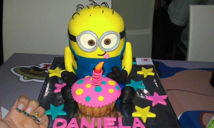Despicable Me Minion Cake Ideas