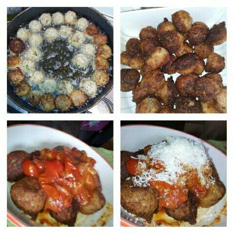 Polpette vegetariane.....lino, saraceno, zucchine, patate, Kia, quinoa, uovo, parmigiano e peperoncino.....