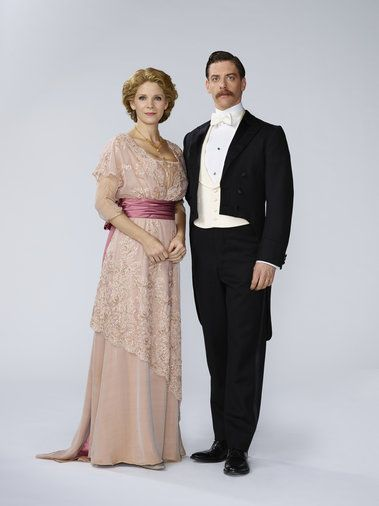 Kelli O'Hara as Mrs. Darling and  Christian Borle as Mr. Darling  Peter Pan Live! 2014