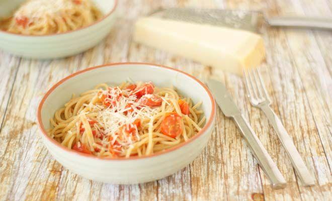 Spaghetti in kerstomatensaus