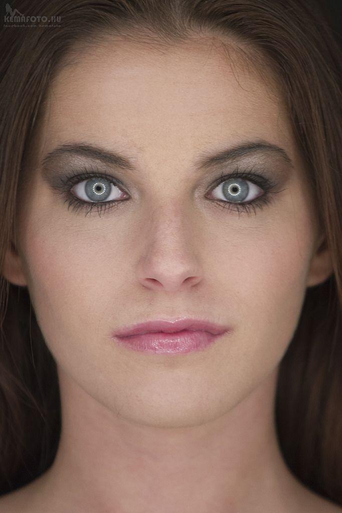 Anett ringlamp portrait with angel eyes