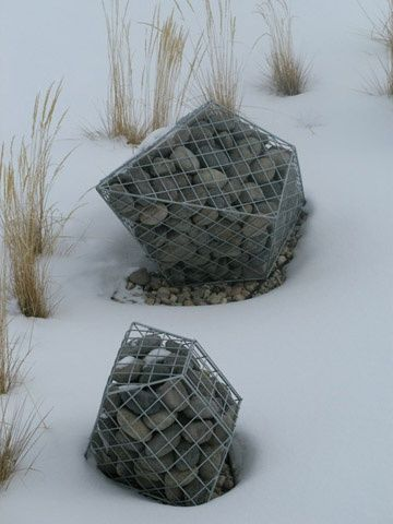 Gabion design ideas | GardenDrum  Gabion sculpture by Natalie Clark