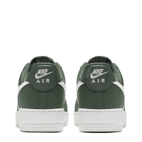 Nike Air Force 1 '07 sneakers groenwit | Products in 2019
