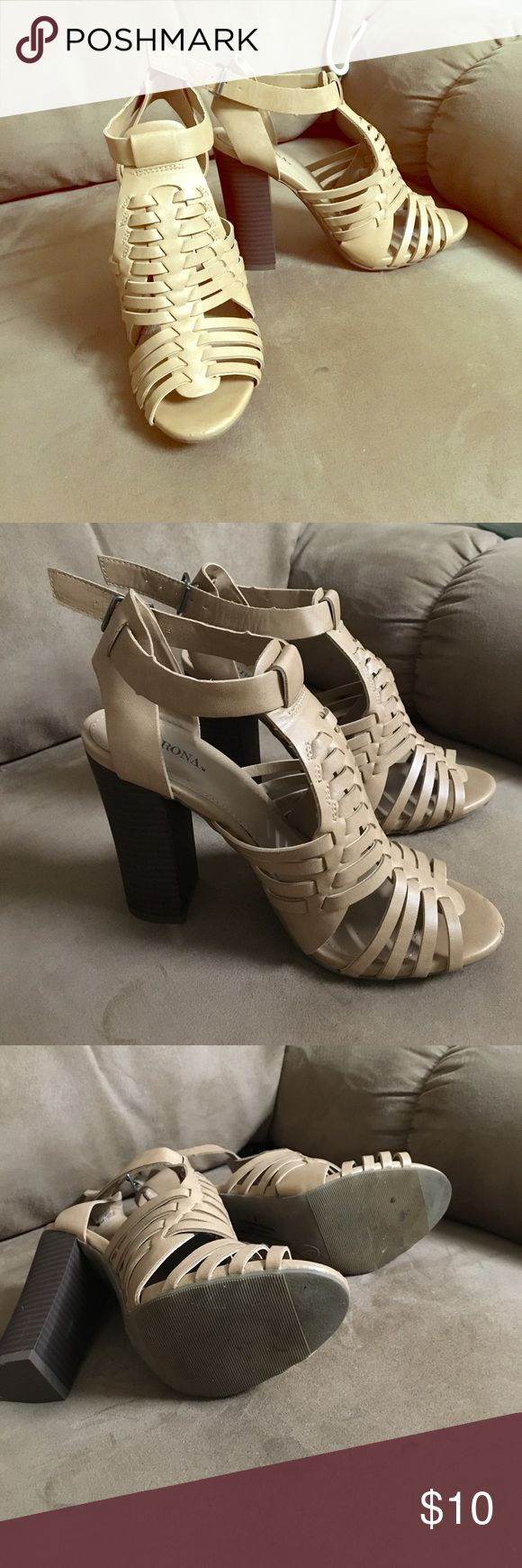 Merona Nude Cage Sandals Sz 6 Worn once, EUC. Adorable summer staple that goes with absolutely everything Merona Shoes Sandals