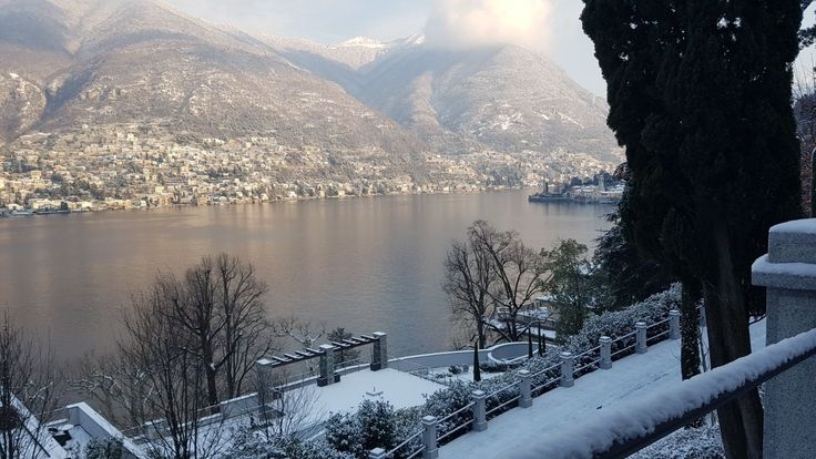 While the snow falls over #LakeComo, we are working on the final details to ensure our #romantic Resort looks at its very best when you arrive! #experiencecastadiva #beautifuldestinations #bestvacation #Italy  http://www.castadivaresort.com