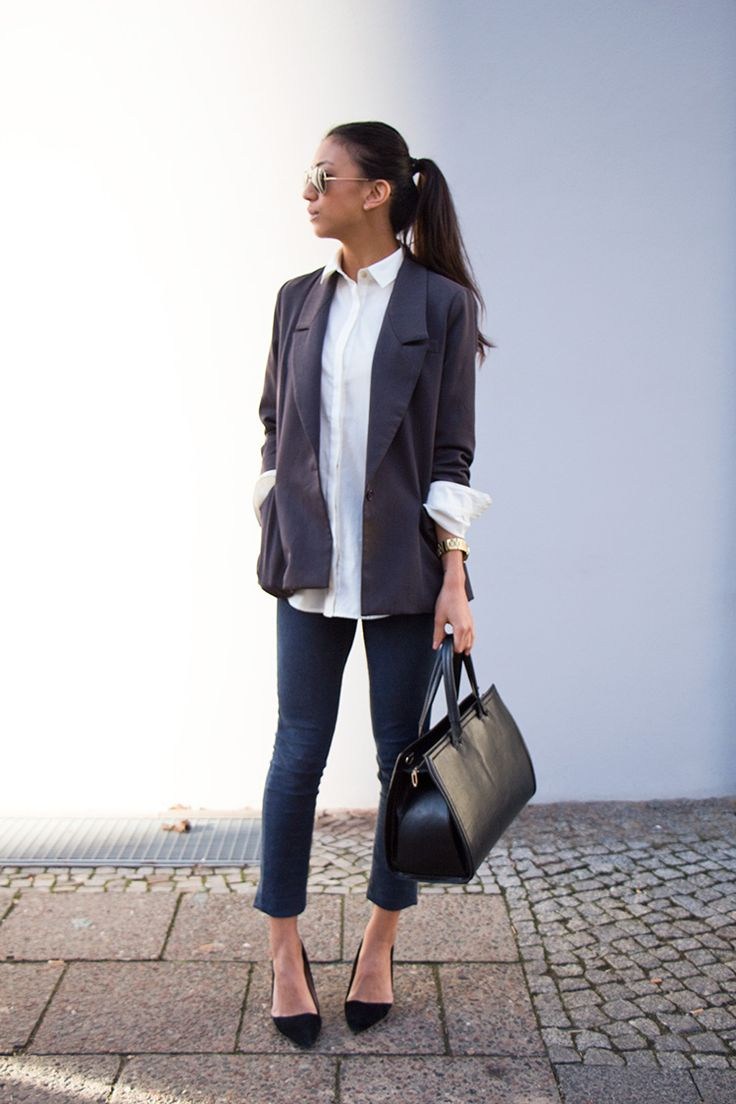 chic and simple  #blazer #outfit