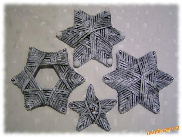 Hvězdy pletené z papíru... - star