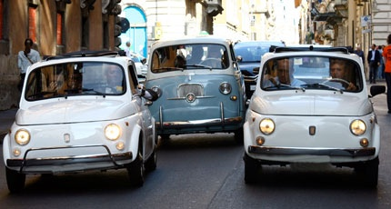 Touring Via del Corso, inside our...Old Ladies