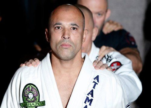 Royce Gracie Doping Past - Royce Gracie Later Years  Royce Gracie is best known in the world of mixed martial arts for being the tournament winner of UFC 1, UFC 2, and UFC 4. Also remembered for mesmerizing all with his Brazilian Jiu-Jitsu skills and domination in the Ultimate Fighting Championship, Gracie went on to become one of the most influential figures in the history of modern MMA before his fall to disgrace because of steroid use.