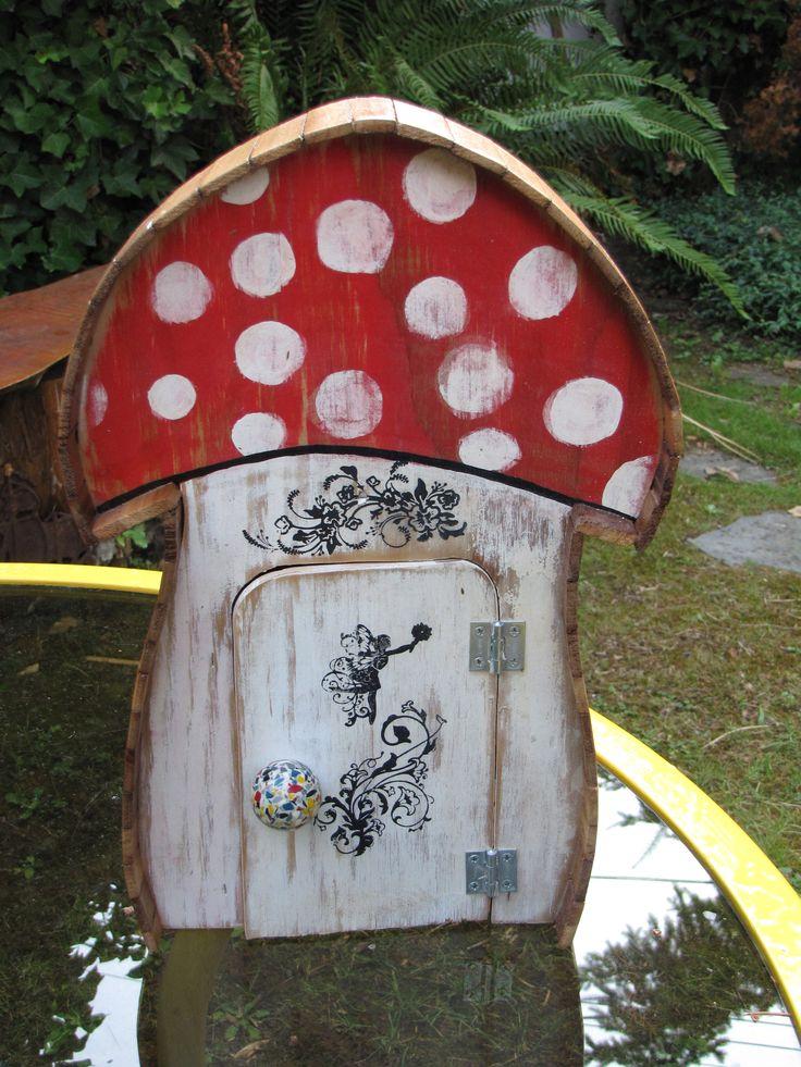 mushroom fairy treasure house