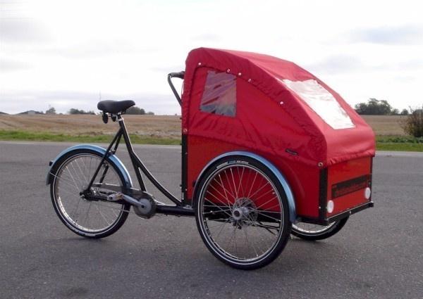 Triporteur Christiania Bikes Le Familial - les velos parisiens. 2300 euros.