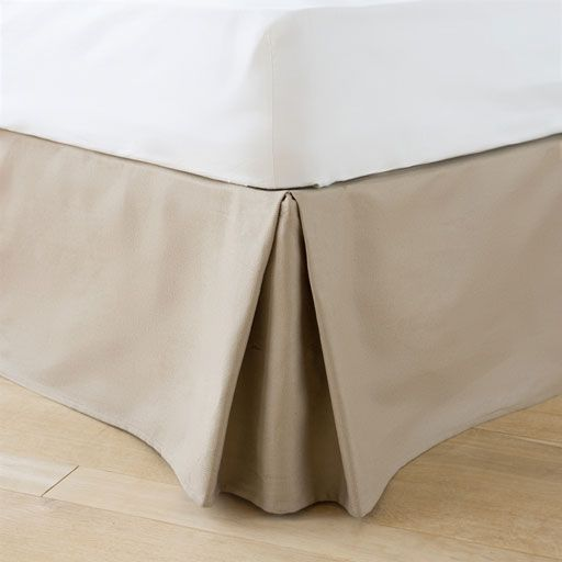 Image of the product Natural beige cotton valance sheet